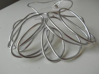 girocollo rigido in alluminio modellabile