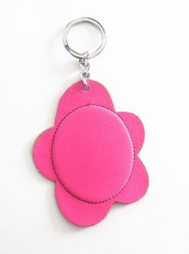Portachiavi fiore rosa fluo in pelle