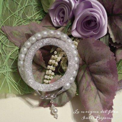 Bracciale rete tubolare bianca con perle e strass stile Stardust