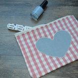 Beauty con applicazione a cuore handmade