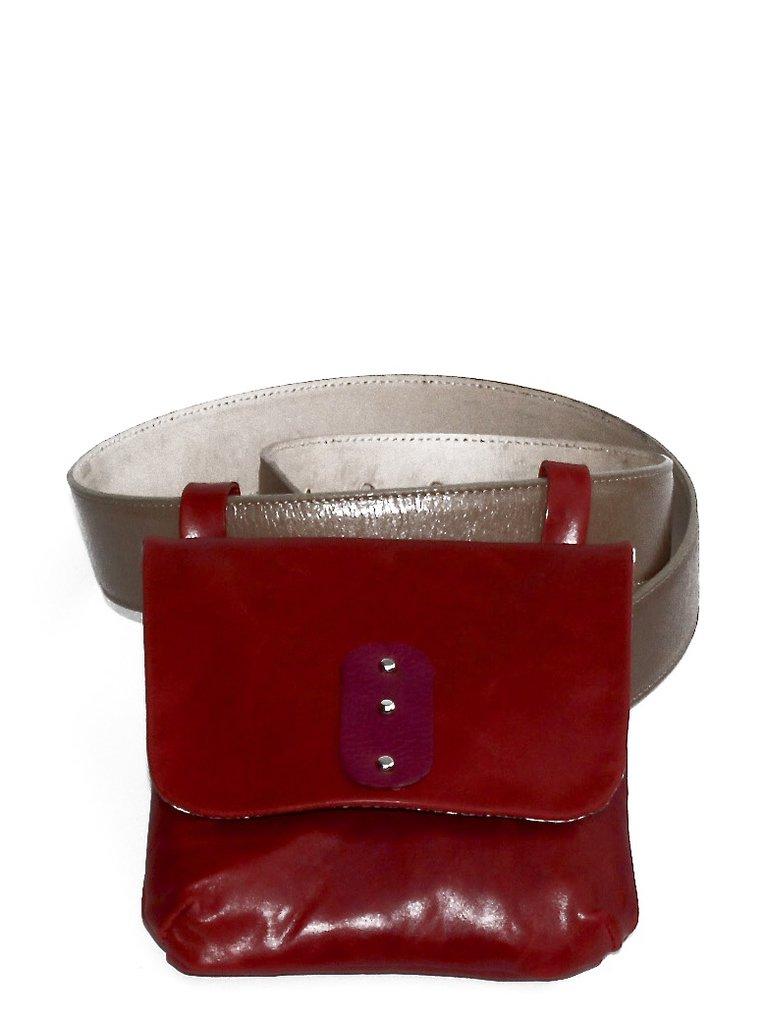 Marsupio moda rosso da portare sulla tua cintura preferita