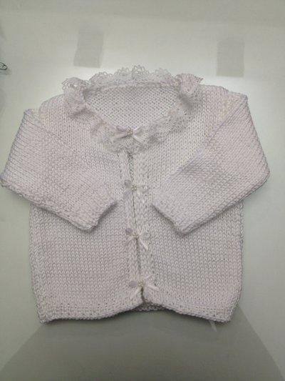 Giacchino bianco neonata cotone fatto a mano con pizzo