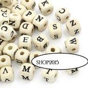 25 perle  in legno naturale Distanziatori Lettere alfabeto  A-Z   10 mm