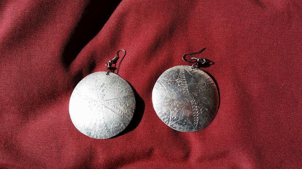Orecchini gong in alluminio