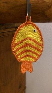 Presina gialla e arancione a forma di pesce