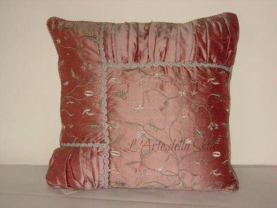Cuscino in seta di San Leucio