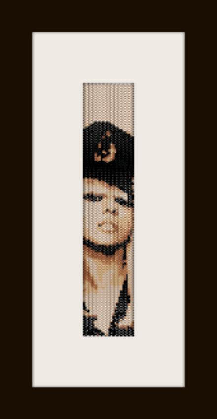 PDF schema bracciale Lady Gaga 1 in stitch peyote pattern - solo per uso personale