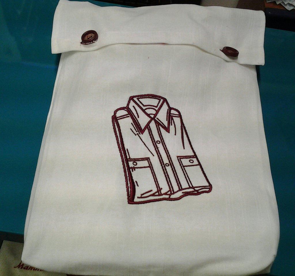 porta camicia ricamato