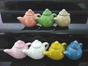 Teiera ceramica vari colori  miniatura casa bambole bigiotteria doll house