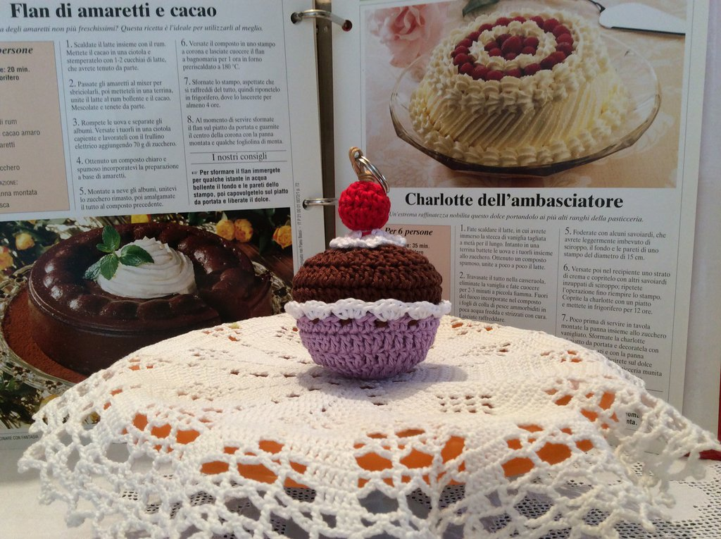 Portachiavi all'uncinetto CUPCAKE