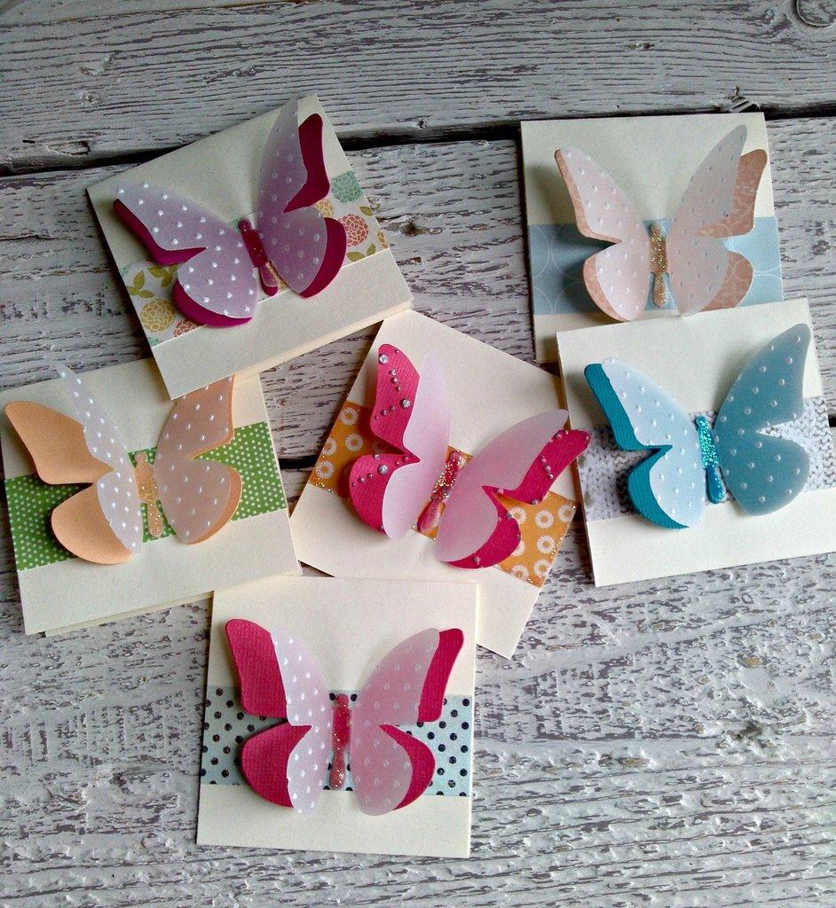 Segnaposto, inviti, chiudipacco con farfalle fatti a mano