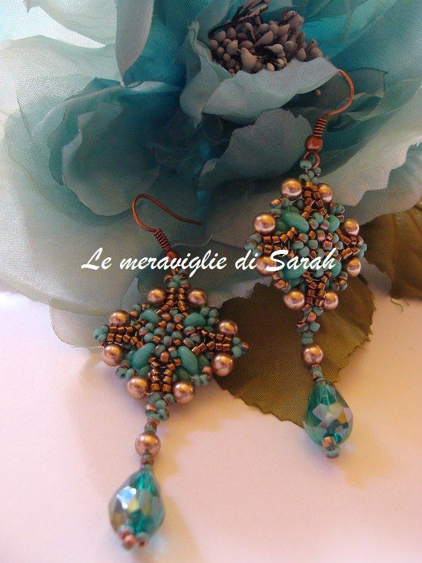 "Orecchini ""Esmeralda"" in tessitura di perline"