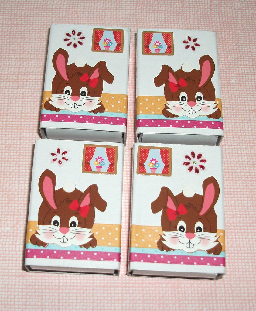 Pasqua Collection^^ - Lotto Scatoline decorate per regali e pensierini di pasqua - Bunny in Chocolate&Red (4pz)