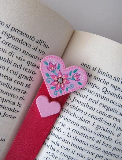 Segnalibro cuore in legno dipinto a mano 9