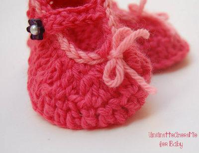 Scarpette per bimba ballerine all'uncinetto rosa corallo e rosa pesca con bottoncino fiore - Baby spring