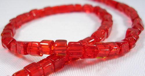 Perline a cubi cristallo rosso trasparente 75~78pcs/filo