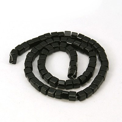 Perline a cubi cristallo nero  75~78pcs/filo