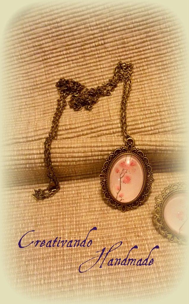 Ciondolo Cammeo Cabochon Fiori di ciliegio 'Tattoo Collection'