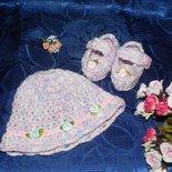 Scarpine-ballerine e cappellino fatti a mano in pura lana vergine