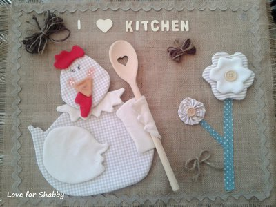 Copriforno con applique in country shabby style