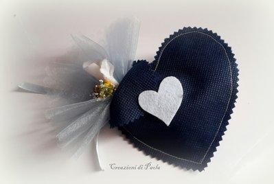 Sacchetto bomboniera a forma di cuore