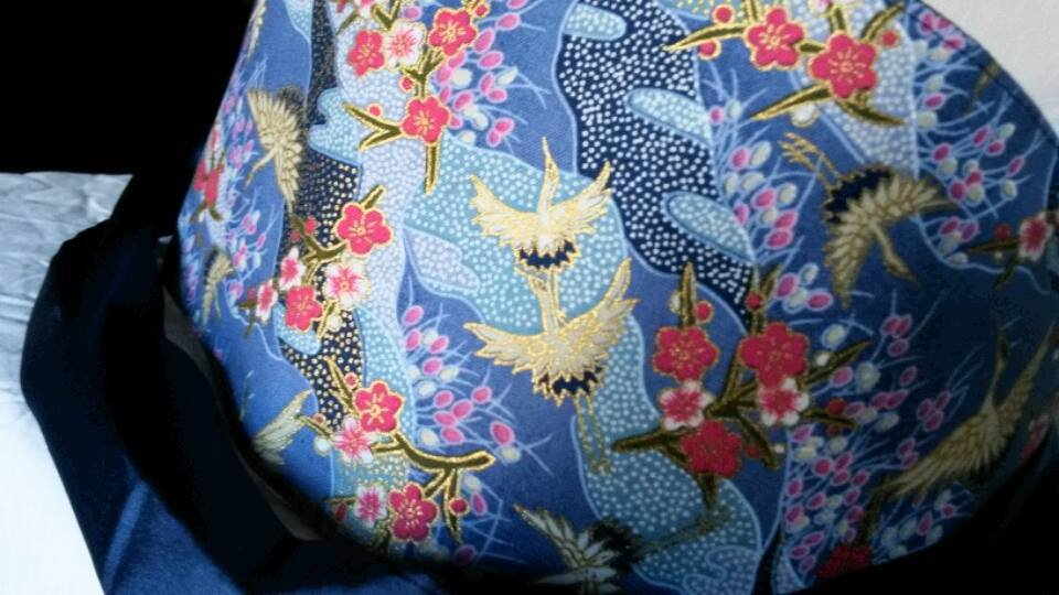 cintura obi stile giapponese fantasia  sfondo blu
