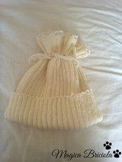Cuffia per bambina a maglia