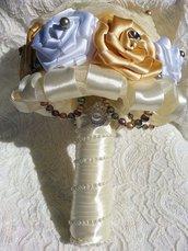 *Bouquet sposa,  bouquet bianco e oro con perline .Bouquet di nozze*