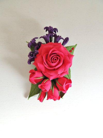 "Spilla ""Bouquet di rose"" fatta a mano"