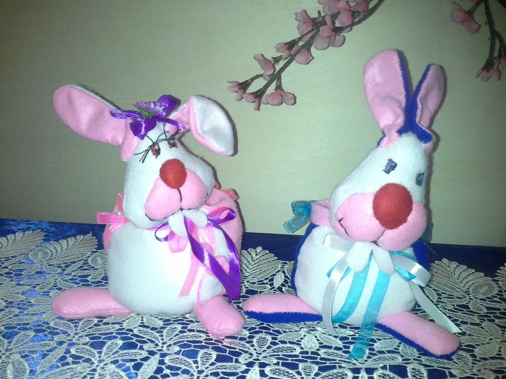coniglietti pasquali in rosa