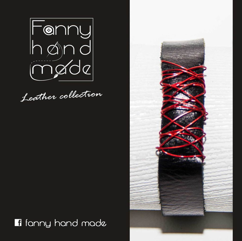 Bracciale in pelle  nera con decoro in filo di alluminio rosso