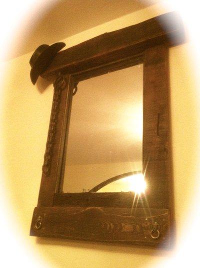 specchio rustico in legno pezzo unico
