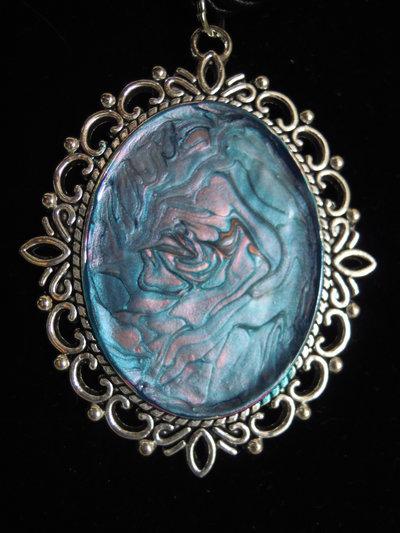 Cameo smalto perlato azzurro e rosa antico