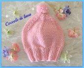 Cappellino per bimba, età 1-2 anni, realizzato ai ferri con lana 100% color rosa