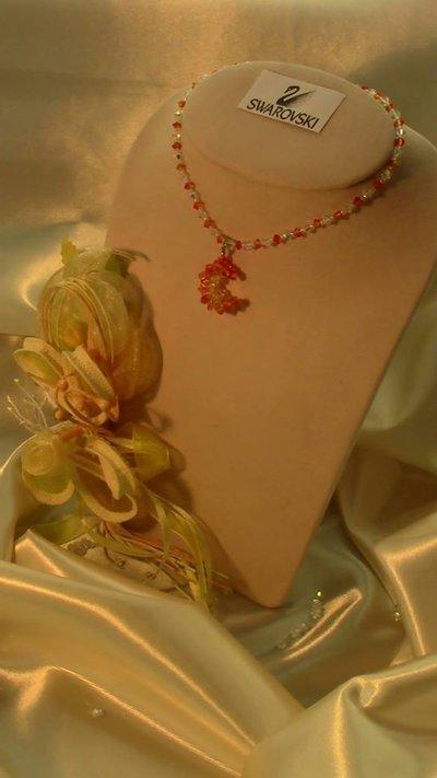 Catenina con ciondolo mezza luna in cristallo swarovski
