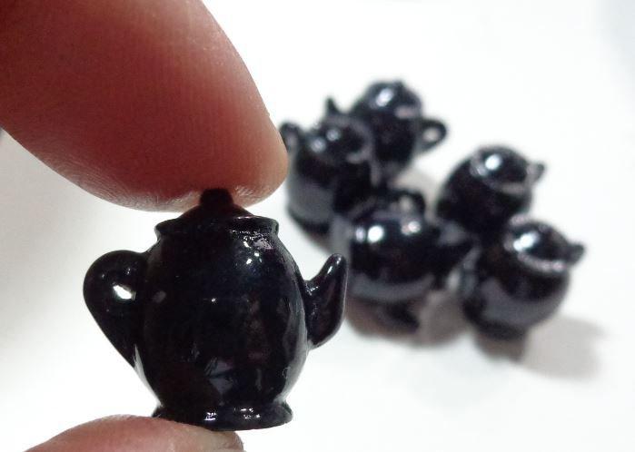 6 Mini Teiere in Resine