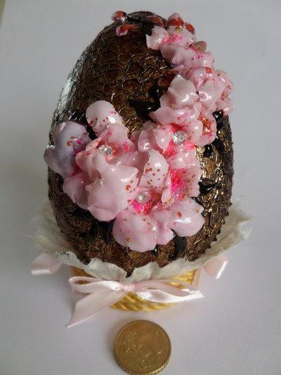 Uovo Pasqua FIORI DI PESCO - effetto cioccolato cm.15