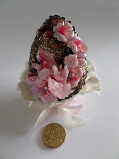Uovo Pasqua FIORI DI PESCO - effetto al cioccolato cm.10