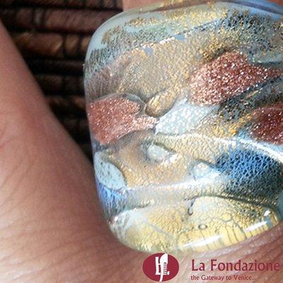 Delicata - Anello a Fascia in vetro di Murano