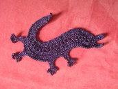 Applicazione - toppa all'uncinetto a forma di drago viola e lurex