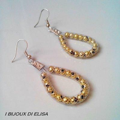 Orecchini tubo bianco e perline oro