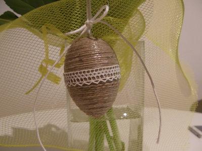 Uovo di Pasqua di spago beige, da stile Shabby