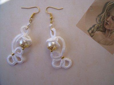 Orecchini moda uncinetto   ciclamino bianco chiacchierino idea regalo donna ragazza