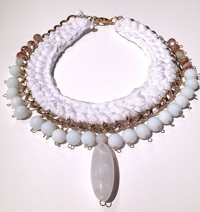 collana total white