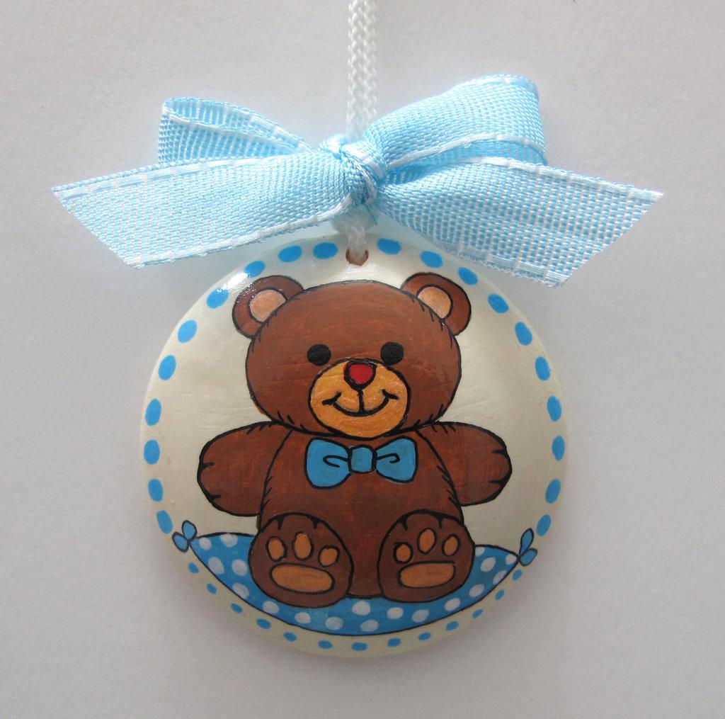 Ciondolo nascita bambino con orsetto dipinto a mano