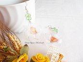 Orecchini Narciso pendenti con fiore realizzato con tecnica Sospeso Trasparente