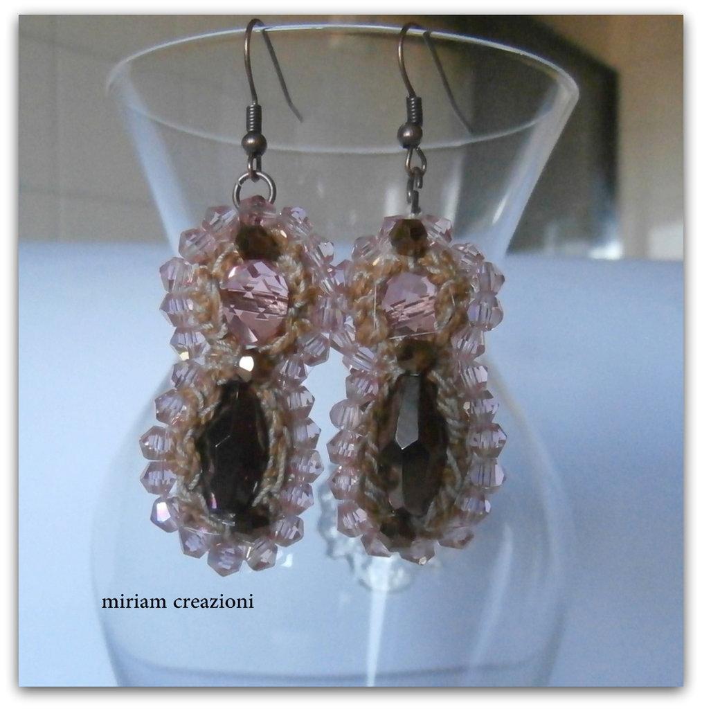 orecchini pendenti soutache con cristallli rosa e bronzo