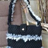 Borsa di lana nera a tracolla