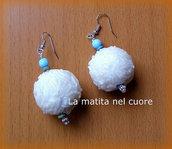 Orecchini bocconcini riso basmati e perle di legno celesti