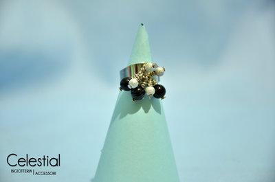 Anello con Ciondoli - Perle Nere